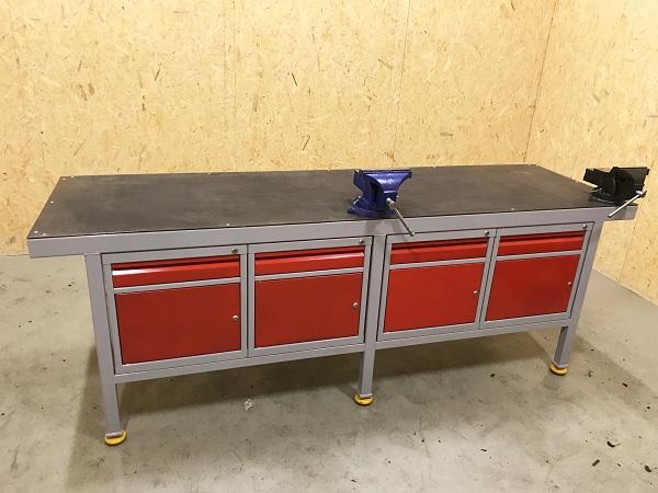 Najnowsze Ślusarski stół warsztatowy z imadłem i szafkami metalowymi - Żywiec NQ95
