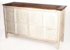 komoda w stylu rustykalnym z drewna