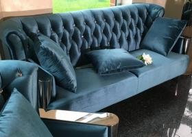 sofa retro nowojorska turkusowa