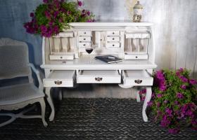 biurko styl francuski