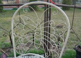 stylowe krzesło wzór motyl