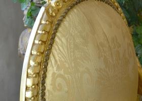 fotel stylowy z oparciem okrągłym barokowy