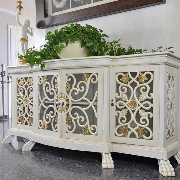 stylowa komoda barokowa do salonu biało złota